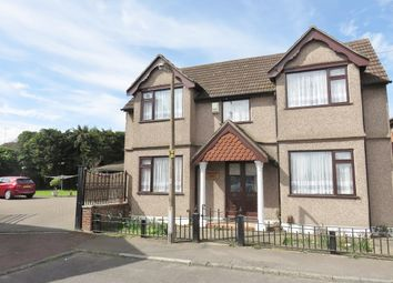 Thumbnail 5 bedroom detached house for sale in Crescent Avenue, Grays