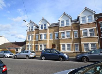 2 bed flat to rent in James Street, Gillingham ME7