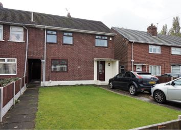 Thumbnail 3 bed town house for sale in Bishops Way, Widnes