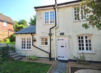 White Lion Yard, Red Lion Street, Chesham HP5. 1 bed cottage