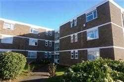 Thumbnail 3 bed flat to rent in Stratton Close, Canons Park, Edgware