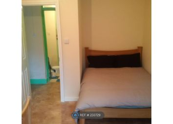Thumbnail 3 bed flat to rent in Twyford House, London