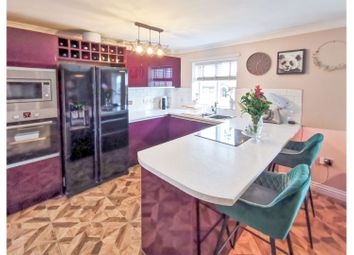 2 bed flat for sale in Mount Heights, Nottingham NG7
