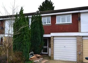 4 bed property to rent in Guildford Park Avenue, Guildford, Surrey GU2