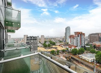 Thumbnail Block of flats for sale in Talisman, Lincoln Plaza, Canary Wharf, London, London
