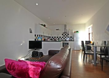 Thumbnail 4 bedroom flat to rent in Coburn Street, Cathays, Cardiff