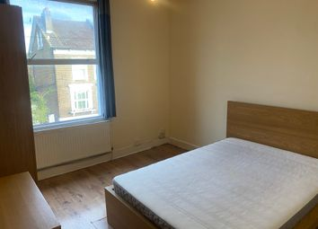 Thumbnail 2 bed flat to rent in Alexandra Road, Croydon