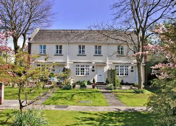 Thumbnail 2 bed property for sale in Park Place, Cheltenham