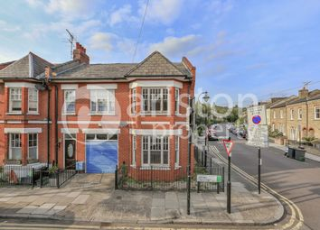 Thumbnail 1 bed property to rent in Mount Pleasant Crescent, London