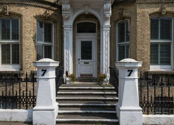 Thumbnail 2 bed flat for sale in 7 Grand Avenue, Hove, East Sussex