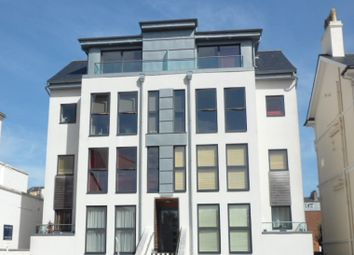 Thumbnail 2 bed flat to rent in Hardwick Road, Eastbourne