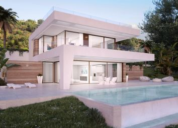 Thumbnail 4 bed villa for sale in Spain, Andalucia, Estepona, Ww868