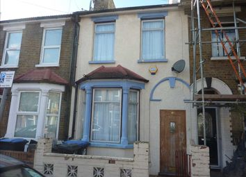3 bed property for sale in Kimberley Road, London N18