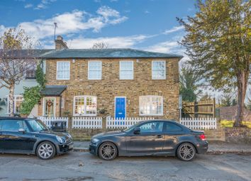 3 bed end terrace house for sale in Forty Hill, Enfield EN2
