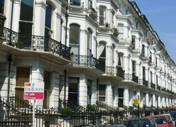 Thumbnail 1 bed flat to rent in St Michaels Place, Brighton