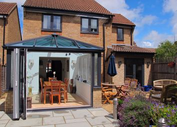 Old School Close, Caversfield, Bicester OX27. 4 bed detached house for sale