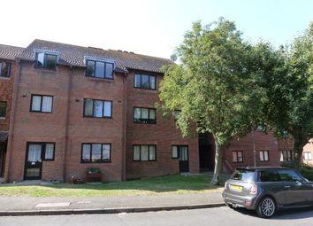 Thumbnail 2 bedroom flat to rent in Jubilee Road, Sandwich