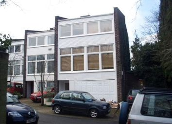 Thumbnail 4 bed property to rent in Somerset Road, London