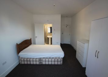 Thumbnail Room to rent in En Suite Double, Hinton Road, Uxbridge