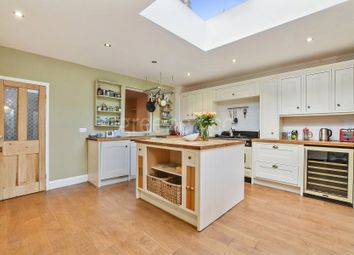 Thumbnail 2 bedroom property for sale in Park Road, Crouch End, London