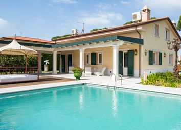 Thumbnail 7 bed villa for sale in Pietrasanta, Pietrasanta, Lucca, Tuscany, Italy
