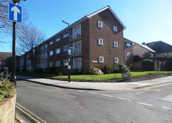 Thumbnail 2 bed flat to rent in North Walls, Chichester