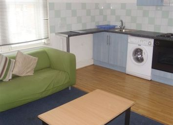 Thumbnail 1 bedroom flat to rent in Richmond Avenue, Leeds