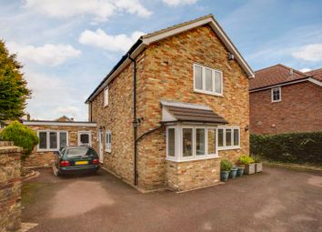 Cherry Grove, Holmer Green, High Wycombe HP15. 5 bed detached house for sale