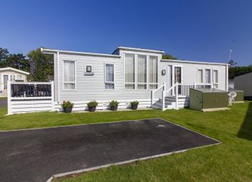 Thumbnail 2 bed mobile/park home for sale in Laburnham Grove, Shottendane Road, Birchington