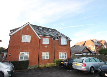 Thumbnail 2 bed flat to rent in Reading Road, Winnersh, Wokingham