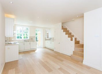 Thumbnail 3 bed flat to rent in Westholm, Hampstead Garden Suburb, London
