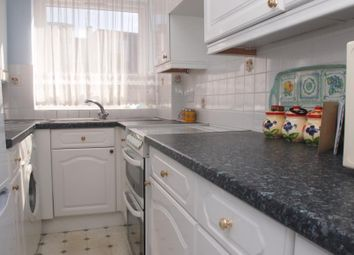 Thumbnail 1 bed flat to rent in Bowes Road, Palmers Green