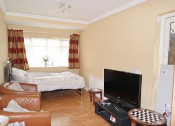 Thumbnail 2 bed flat to rent in Braemar Avenue, Wembley