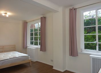 Thumbnail  Studio to rent in St Petersburgh Place, Bayswater