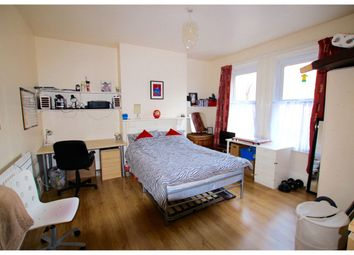 Thumbnail 5 bed shared accommodation to rent in Hanover Square, Leeds