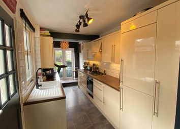 Thumbnail 2 bed property to rent in Springfield Road, Southborough, Tunbridge Wells