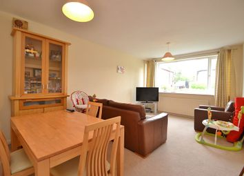 Thumbnail 2 bed flat to rent in Gledhow Wood Avenue, Roundhay, Leeds
