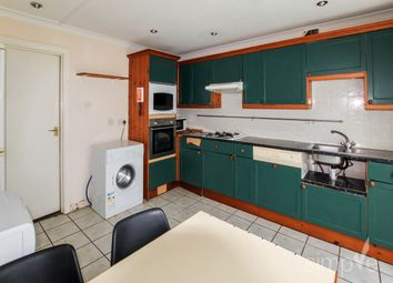 Thumbnail 5 bed shared accommodation to rent in St Helens Close, Uxbridge, Middlesex