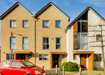 Thumbnail 5 bed property for sale in Stones Avenue, Dartford