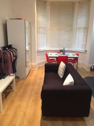 Thumbnail 2 bed flat to rent in Moorland Road, Leeds