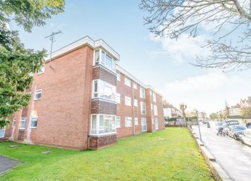 Thumbnail 1 bed flat to rent in Cambridge Road, Worthing