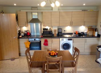 Thumbnail 2 bedroom flat for sale in Issac House, Gosport