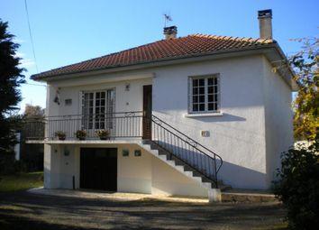 Thumbnail Detached house for sale in Poitou-Charentes, Charente, Roumazières-Loubert