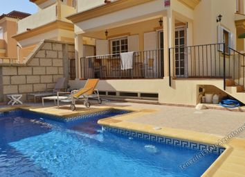 Thumbnail 5 bed villa for sale in El Madronal, Tenerife, Spain