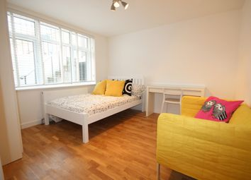 Thumbnail 2 bed flat to rent in St Leonard's Rd, Brighton