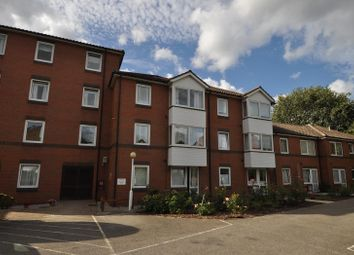 1 bed property for sale in Fentiman Way, Hornchurch, Essex RM11