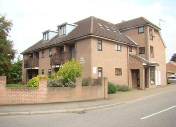 1 bed flat to rent in Elm View House, Hayes, Middlesex UB3