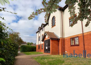Thumbnail 2 bed flat for sale in Cromwell Road, Letchworth Garden City