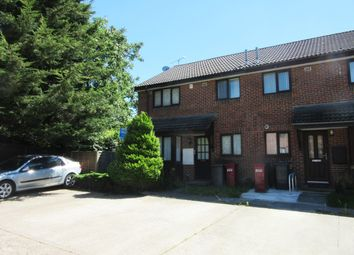 Thumbnail 1 bed property to rent in The Drive, Langley, Slough