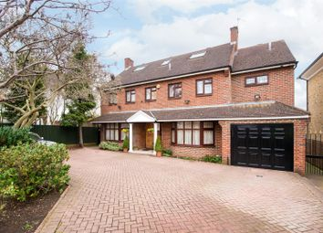 Thumbnail 7 bed detached house to rent in Park View Road, Ealing, London